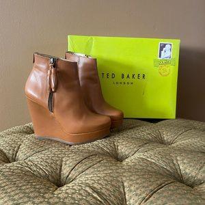 Ted Baker Tan wedge/platform bootie. Size 6